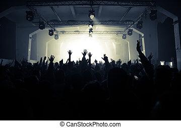 aplausos, multitud, en, el, concierto de la roca