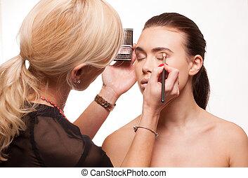 aplicación de maquillaje, ojo, esteticista