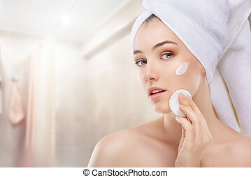aplicando, creme cosmético