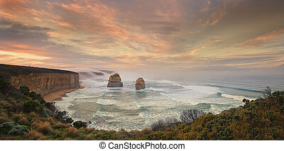APOSTLES - Sea stacks on the Great Ocean Road of Victoria...