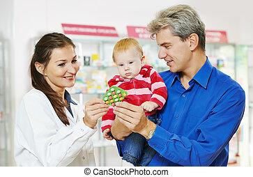 apotek, apotekeren, far, og, baby, ind, drugstore