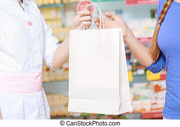 apotek, apotekeren, og, kunde, hos, den, drugstore