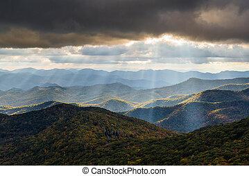 appalachian, fjäll landskap, västra, norra carolina, blå ås