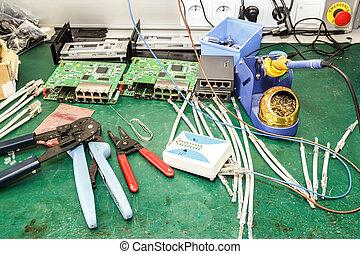 apparecchiatura, elettronica, montaggio, posto lavoro