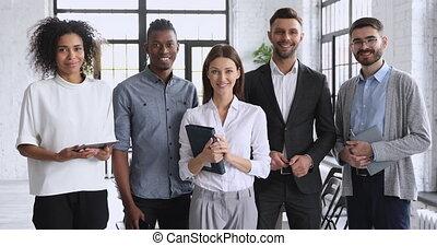 appareil photo, ensemble, heureux, équipe, regard, bureau,...