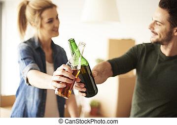 appartamento, coppia, rottura, nuovo, presa, disimballaggio
