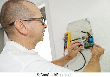 appartement, électricien, installs, ouvrier, sortie électrique