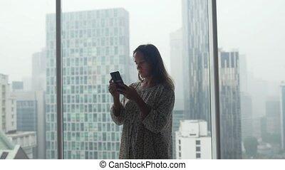 appartement, business, panoramique, mobile, jeune, téléphone, ou, conversation, fenetres, homme affaires, usages, luxe, femme, 3840x2160, pendant, voyage, travailleur indépendant, rain.