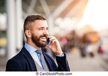 appeler, attente, téléphone, aéroport, hipster, homme affaires, confection