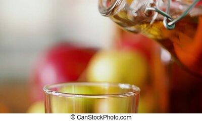 appelsap, gieten, van, fles, om te, glas