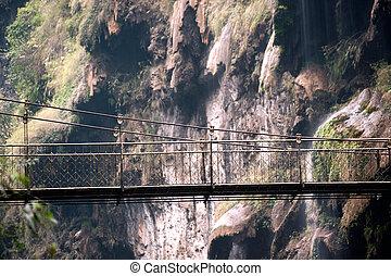 appendere, bridge.