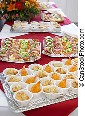 many appetizers on a silver Plate - Appetithappen auf einem silberem Tablet