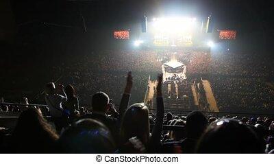applaudir, chanteurs, salle concert, gens