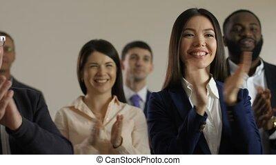 applaudir, haut, orateur, membres, fin, séminaire