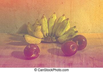 Apple And Banana still life