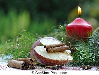 apple and cinnamon for christmas