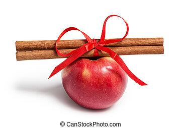 apple and cinnamon sticks