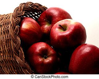 Apple Basket 1