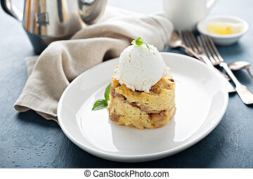 Apple bread pudding with vanilla ice cream