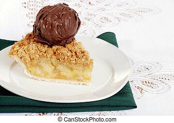 apple crisp with dark chocolate ice