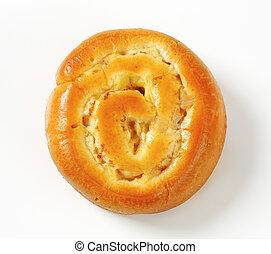 Apple Custard Bun - Yeast bun with apple and custard filling