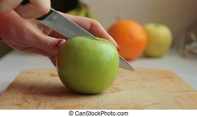 Apple Cut to make fresh smoothie