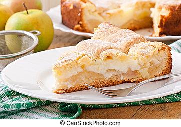 Apple pie with custard