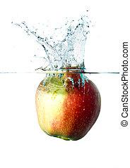 apple splash in water