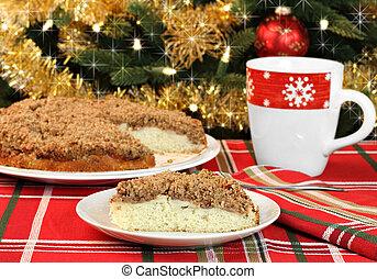 Apple streusel cake, selective focus on slice - One slice of...