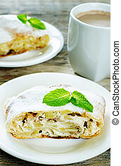 Apple strudel with cream cheese