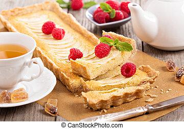 Apple tart with frangipane - Apple tart with almond...