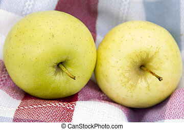 apples on napkin