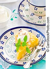 apples pudding dessert with cream.