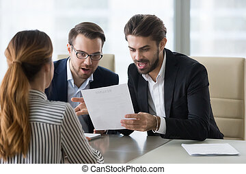 applicant., managers, hervatten, hr, lezende , verwonderd, aangenaam