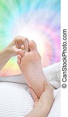 Applying working second toe