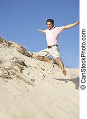 apprécier, jeune, dune, bas, courant, vacances, plage, homme