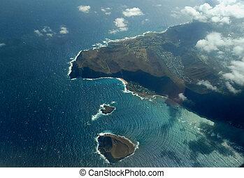 Approaching Honolulu