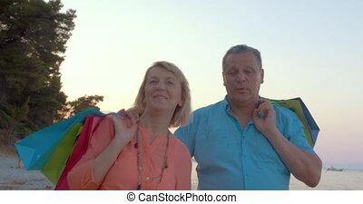 après, achats, délassant, couple, bord mer, promenade, mûrir
