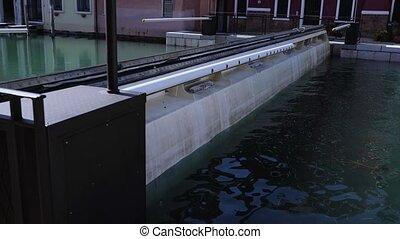 après, eau, pluie, canal, bâtiments, niveau, élevé, levée, barrage