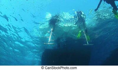 après, plongée, venir, plongeurs, bateau, dehors