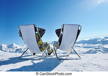 Apres ski at mountains - Couple at mountains in winter, Val-...