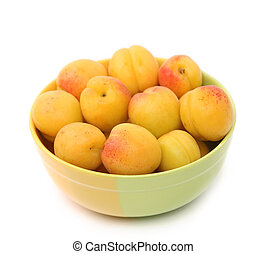 Apricots in a deep plate