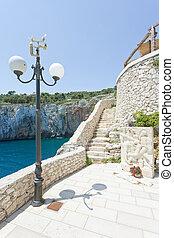 apulia, grotta, zinzulusa, -, treppenhaus, zu, der, berühmt,...
