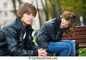 apuros de relación, de, jóvenes, pareja