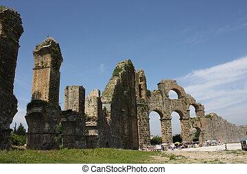 Aquaduct - Ruins of the aquaduct near Aspendos in Turkey