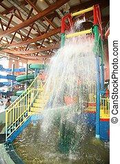 aquapark, cachoeira
