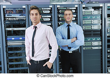 aquilo, engenheiros, em, usuário rede, sala