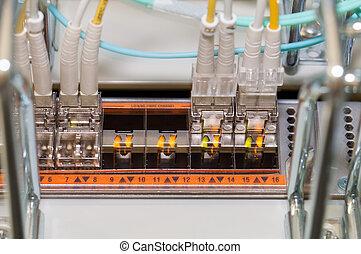 aquilo, fibra, óptico, conectando, para, um, nuvem, servidor