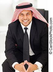 arab, biznesmen, posiedzenie w biurze