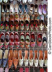 arabe, chaussures